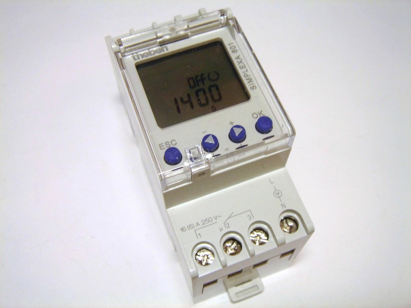 Программные часы Theben, Simplexa 601