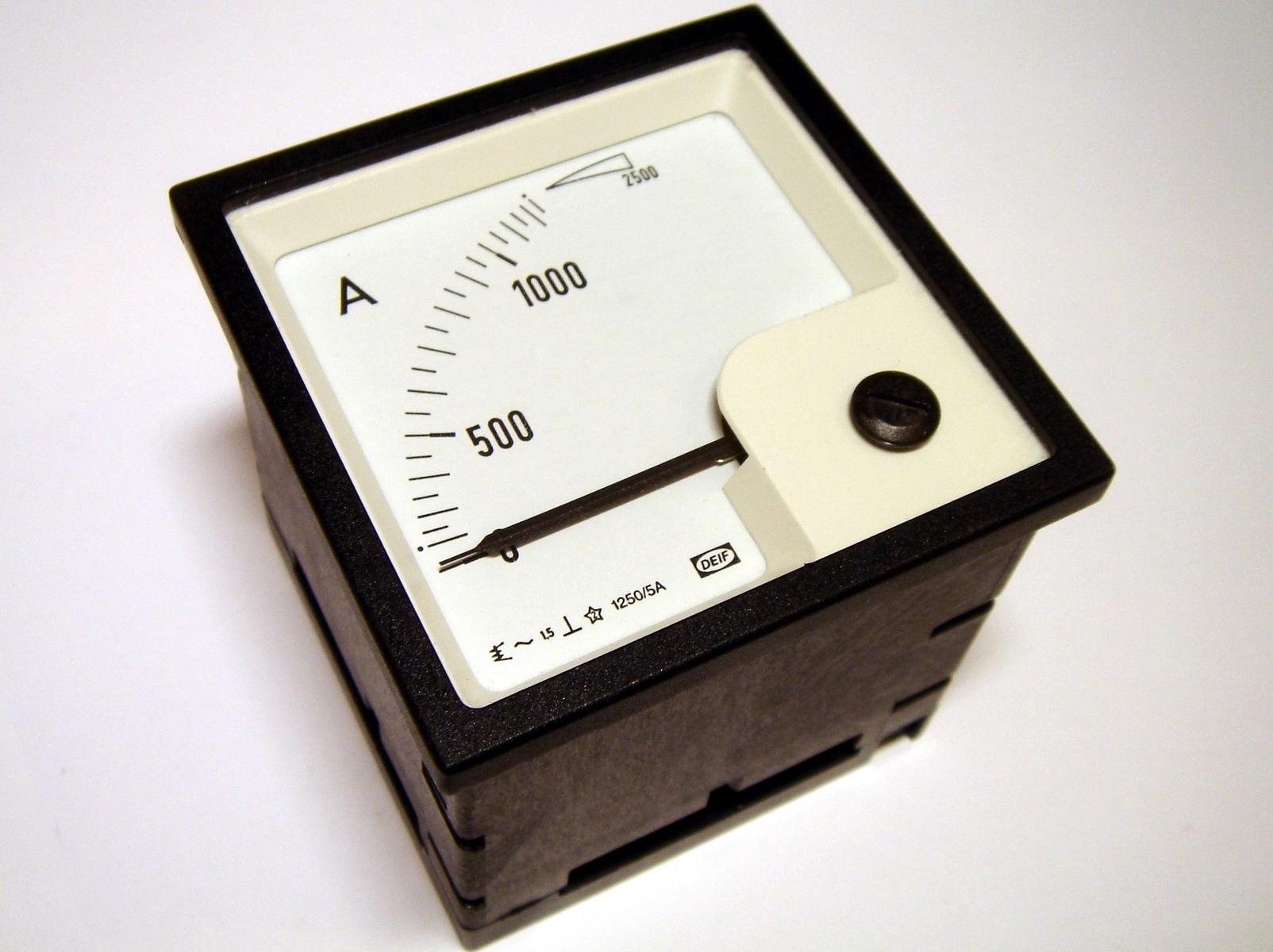 Ampermeeter analoog 0-1000A, EQ72-x, Deif