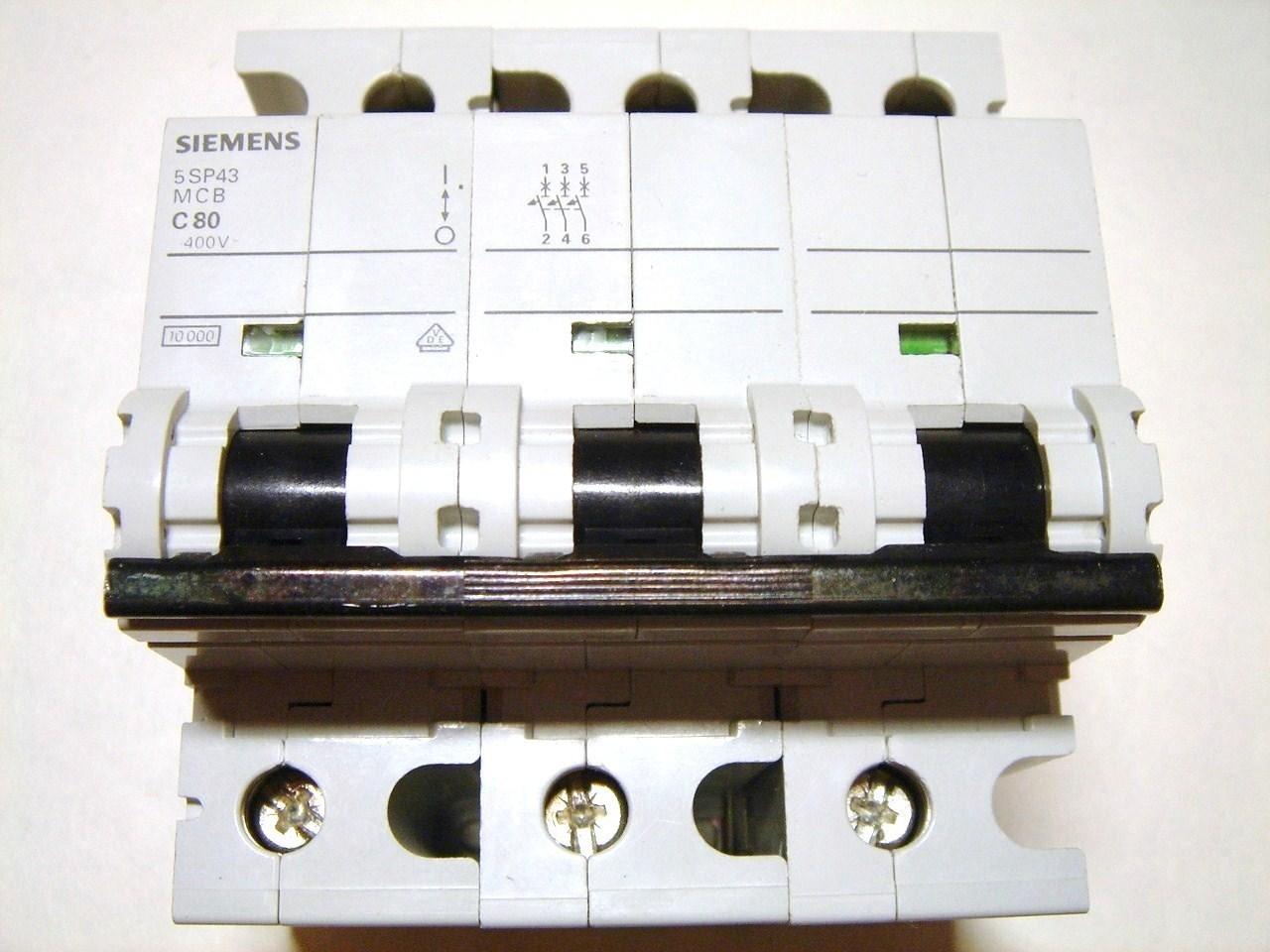 Moodulkaitselüliti 3-faasiline, C 80A, Siemens, 5SP4380-7, MCB