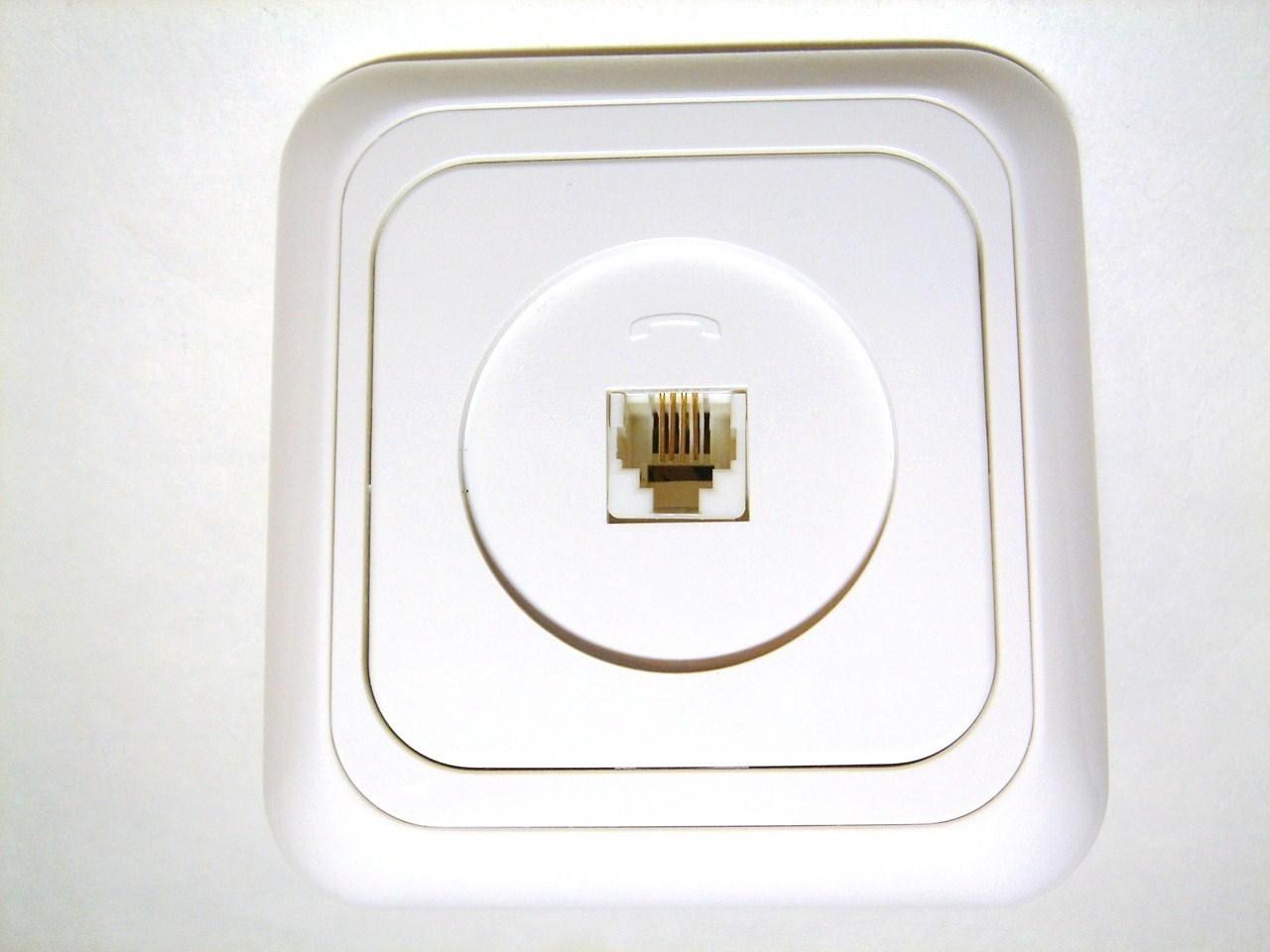 Telefoni süvispaigaldusega pistikupesad VI-KO (sari - Yasemin)