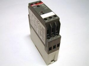 <p> Termistorrelee elektrimootori kaitsmiseks CM-MSS, ABB, 1SVR430710R9300</p>