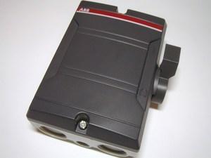 <p> Безопасный выключатель 3-фазный 40A(11кВт), BWS325TPN, ABB, 2CMA142420R1000</p>