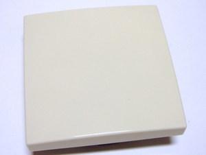<p> Ühene klahv ABB (sari - Basic55), 2006/6 UC-92-507, süvispaigaldusega lüliti sisule</p>