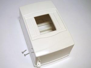 <p> Elektrikilp pinnapealne 4 moodulit, Mutlusan electric, Meksbox</p>