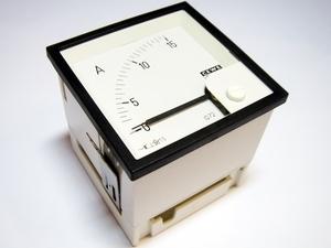 Ampermeeter analoog 0-15A, IQ72, Cewe, 8740