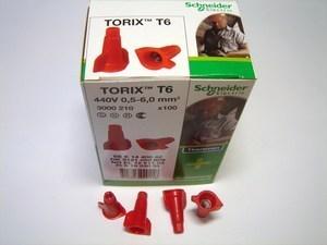 <p> Ostan isoleerotsikuid Torix T6, Schneider Electric</p>