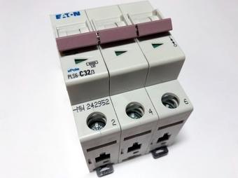 <p> Moodulkaitselüliti 3-faasiline, C 32A, Eaton, PLS6-C32/3-MW, 242952</p>