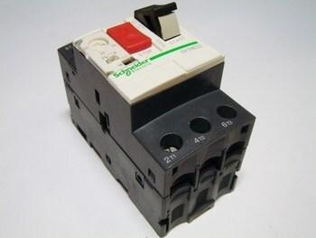 <p> Mootorikaitselüliti 3-faasiline 24 - 32A, Schneider Electric, GV2ME32, 034329</p>