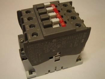 <p> Ostan kontaktoreid 3-faasilisi 45A, AF26, ABB</p>