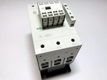 <p> Kontaktor 3-faasiline 90A(58kW), DIL M80, Moeller, 239402</p>