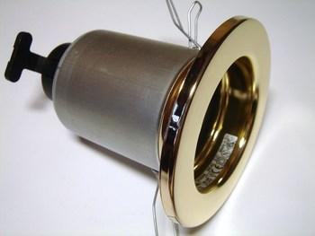 <p> Ripplaevalgusti Xenon, AB-3142, kuldne</p>
