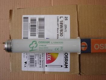 <p> Luminofoortoru 18 W, L18W/830, Osram Lumilux T8, 517810</p>