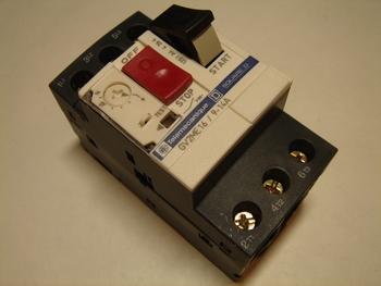 <p> Куплю автоматы защиты электродвигателя 3-фазные 9 - 14A.</p>