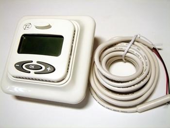 <p> Termostaat T2 FloorTemp PLUS° (13А) 3000 W</p>