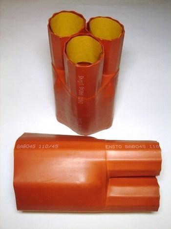 <p> Termokahanev sõrmik 3-haruline 3x(240-300mm²), SABO45, 3x110/45, Ensto</p>