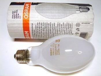 "<p> Kõrgrõhu-naatriumlamp 70W,<font color=""#ff0000""> sisseehitatud starteriga</font>, Osram Vialox NAV-E 70 W/I(SON-E), 015590</p>"
