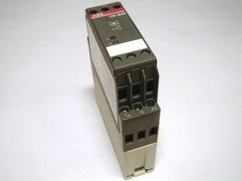 <p> Реле термисторной защиты электродвигателя, CM-MSS, ABB, 1SVR430801R1100</p>