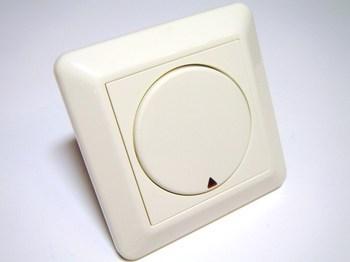 <p> Низковольтная 1-позиционная кнопка управления PB1, Elko, 7005818</p>
