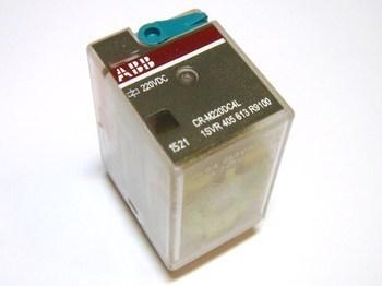 <p> Relee ABB CR-M220DC4L, 1SVR405613R9100</p>