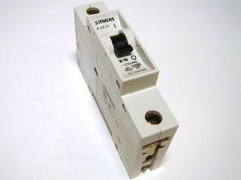 <p> Moodulkaitselüliti 1-faasiline, B 16A, Siemens, 5SX2 116-6</p>