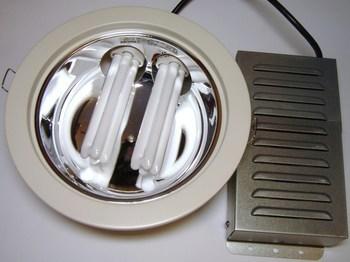 <p> Светильник 2 x 26 Вт, Philips, FBH024 2xPL-C/2P26W/830 K I 230V WH, 88514599</p>