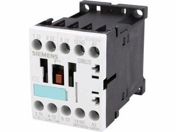 <p> Kontaktor 3-faasiline 18A(12kW), Siemens, 3RT1015-1AF01</p>