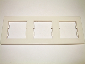 <p> 3 - kohaline raam Schneider Electric (sari - Asfora), EPH5800321</p>