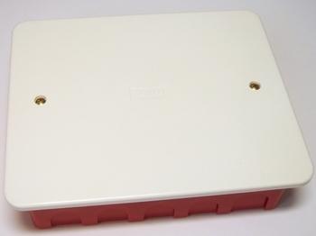 <p> Соединительная коробка для гипсокартона/бетона 160x130x45мм, Gewiss, GW48405</p>
