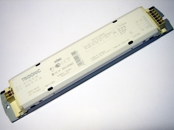 <p> Elektrooniline drossel 2x36 W, PC 2/36 T8 PRO, Tridonic, 22176109</p>