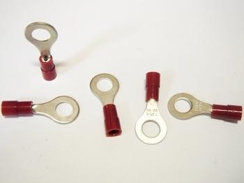 <p> Isoleeritud vasest juhtmeotsikud 0,75-1,5mm², punased, Solar Plus, AB 1565 R</p>