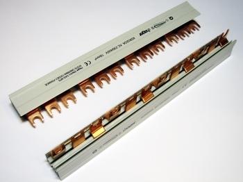 <p> Voolusiin 3-faasiline 12 moodulit, Hager, KDN380A</p>