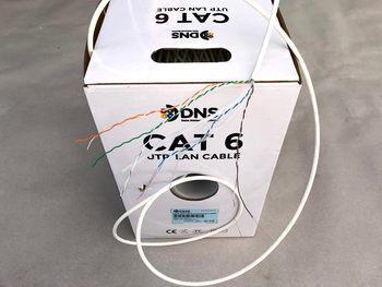 "<p> <span style=""color:#ff0000;"">Безгалогенный</span> компьютерный кабель Cat 6 U/UTP, 4x2x0,5 мм, DNS</p>"