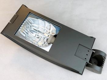 <p> Tänavavalgusti 150/100 W, SBP, KYRO 1 150/100-96-CR+COALA (CL), 05385196</p>
