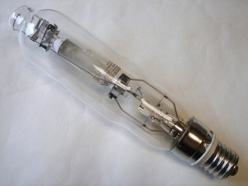 <p> Metallhalogeniidlamp 1000 W, Powerstar HQI-T1000W/D, Osram, 527035</p>
