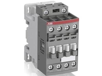 <p> Kontaktor 3-faasiline 25A(16kW), AF09-30-10-14, ABB, SBL137001R1410</p>