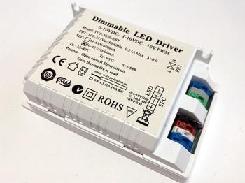 "<p> Elektrooniline <font color=""#ff0000"">LED</font> trafo 30-42W, 1000mA, 30-42V, TGP-3050-EST</p>"