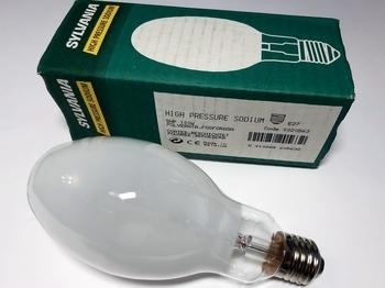 <p> Kõrgrõhu-naatriumlamp 100W, SHP 100W, Sylvania, 0020563</p>
