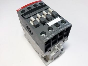 <p> Kontaktor 3-faasiline 25A(16kW), AF09Z-30-10-21, ABB, 1SBL136001R2110</p>